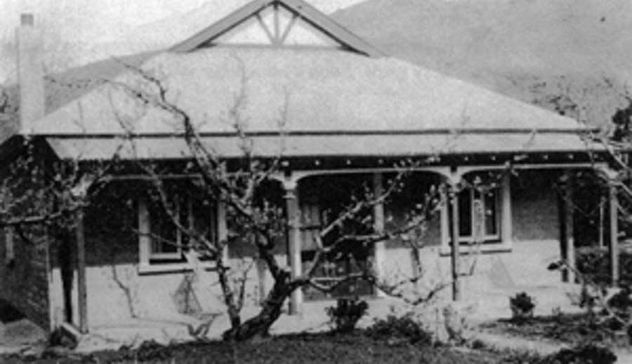 Old photo of Hartley Homestead house